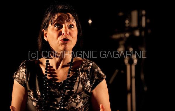 "Theatre company De Reynaertghesellen playing ""Een Doodgewone Dag / Una Giornata Qualunque"" from Dario Fo, directed by Barbara Vandendriessche (Belgium, 24/04/2012)"