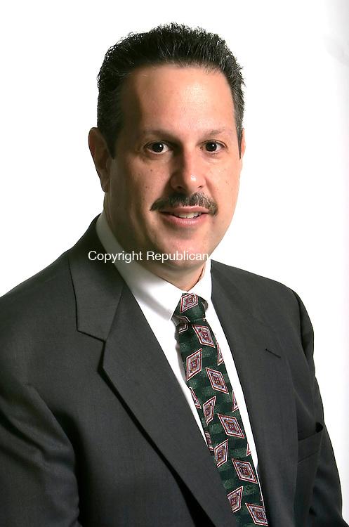 WATERBURY, CT - 18 OCTOBER 2005 -101805JS15--Kris Ferrari, candidate for Waterbury Town Clerk.  --Jim Shannon / Republican-American--Chris Edquist are CQ