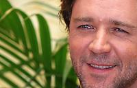 """Russell Crowe.<br /> Roma, 24/04/06 Photocall all' Hotel St Regis di presentazione del film """"Un amore per caso. <br /> Photocall for the film """"A good year, Un amore per caso"""" at Hotel St Regis in Rome, October, 10, 2006.<br /> Photo Samantha Zucchi Inside"""