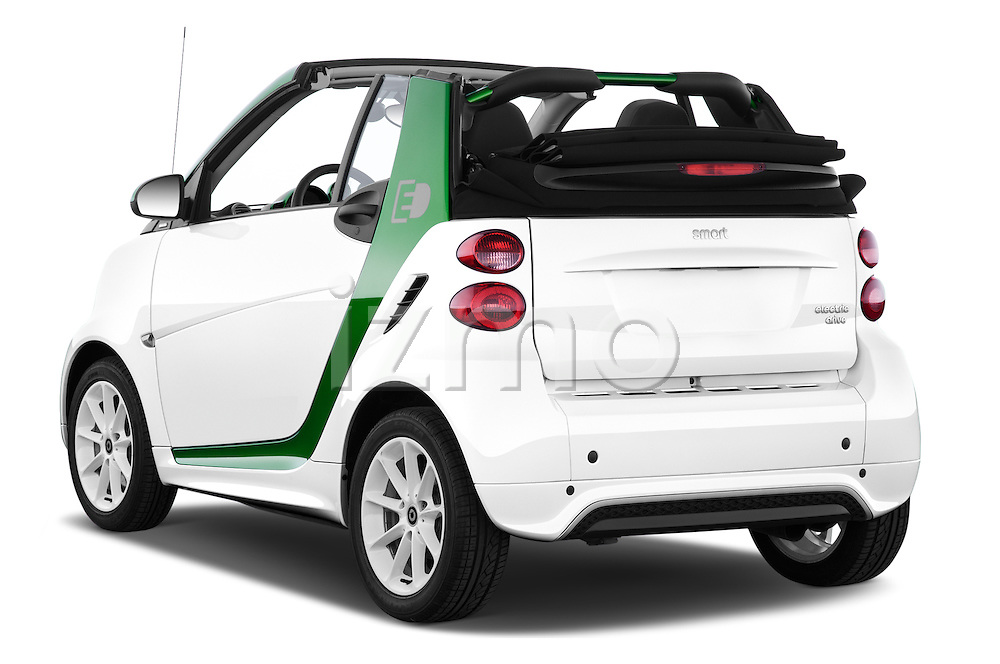 Car pictures of rear three quarter view of 2016 Smart fortwo electric 2 Door Convertible Angular Rear