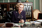 DIG, Film, &quot;Die eiserne Lady&quot; (The Iron Lady), <br /> GBR 2011, Regie: Phyllida Lloyd, Szene mit: <br /> Meryl Streep (Margaret Thatcher),<br /> <br /> Drama, Biografie &uuml;ber Margaret Thatcher, Halbfigur,<br /> ~<br /> movie, &quot;The Iron Lady&quot;, GBR 2011, director: Phyllida Lloyd, scene with: Meryl Streep (Margaret Thatcher),<br /> drama, biography about Margaret Thatcher, half length, woman, female, people,