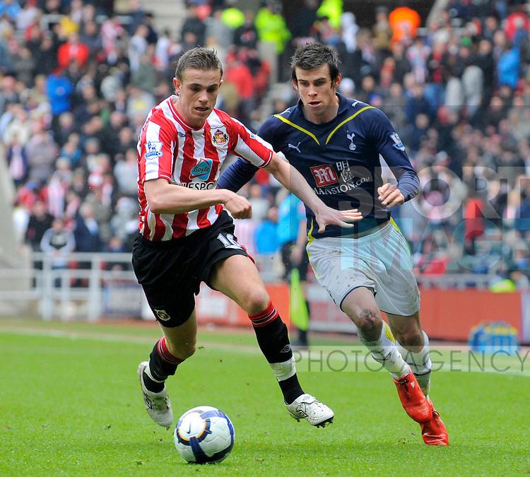 Sunderland's Jordan Henderson and Tottenham's Gareth Bale.