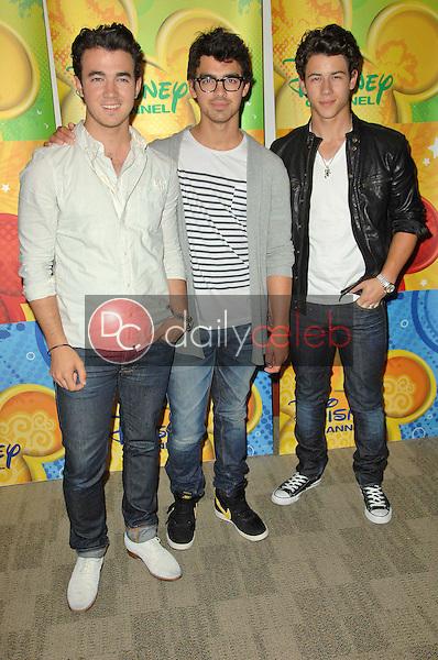 Kevin Jonas, Joe Jonas and Nick Jonas<br /> at the Disney ABC Television Group Summer Press Junket, ABC Studios, Burbank, CA. 05-15-10<br /> David Edwards/Dailyceleb.com 818-249-4998