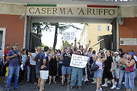 "Roma 23 Luglio 2010.Casa,Caserma Ruffo granatieri di sardegna.Attivisti dell'associazione !action diritti in movimento"" occupano la caserma sulla Tiburtina contro la speculazione delle caserme in dismissione..House, Barracks Ruffo Grenadiers of Sardinia.Activists of the association"" Action rights in movement"" occupy the  station against speculationof the barracks disposal"