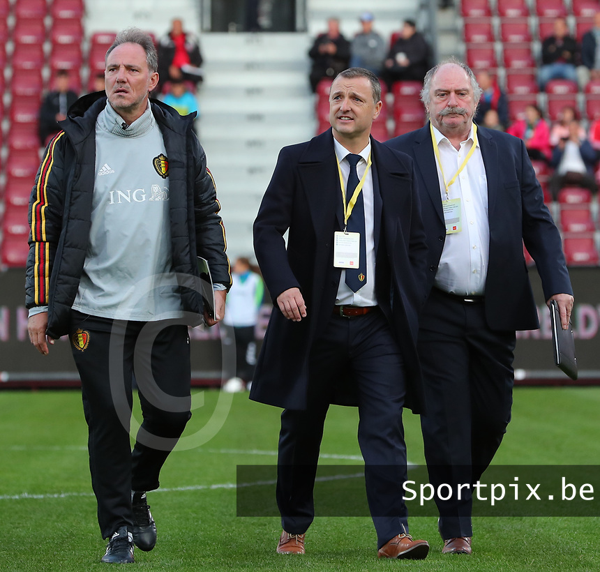 20191008 CLUJ NAPOCA: Belgium's assistant coach Kris Van Der Haegen, head coach Ives Serneels and team manager Hubert De Neef are pictured walking to the dug out before the match between Belgium Women's National Team and Romania Women's National Team as part of EURO 2021 Qualifiers on 8th of October 2019 at CFR Stadium, Cluj Napoca, Romania. PHOTO SPORTPIX | SEVIL OKTEM