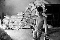 - Villaggio albanese, Queparo (Cepar&ograve;, agosto 1993); il garzone del fornaio<br /> <br /> -  Albanian  Village, Queparo (Cepar&ograve;, August 1993); the baker's boy
