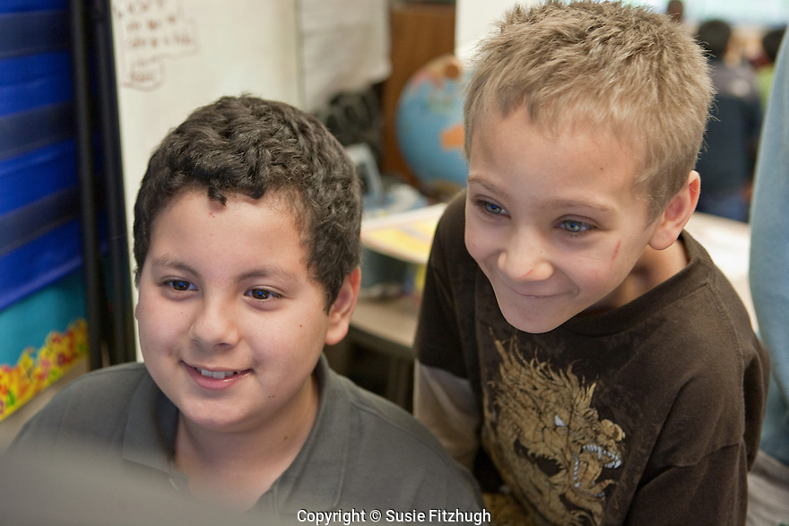 Fourth-graders use their free time in class in a variety of ways. [Northgate Elementary School, Seattle.]