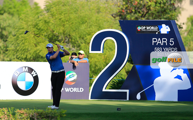 Peter Uihlein (USA) on the 2nd tee during Round 1 of the DP World Tour Championship at the Earth course,  Jumeirah Golf Estates in Dubai, UAE,  19/11/2015.<br /> Picture: Golffile | Thos Caffrey<br /> <br /> All photo usage must carry mandatory copyright credit (&copy; Golffile | Thos Caffrey)