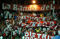 ARMENIA -COLOMBIA-17-05-2014. Hinchas del America alientan a su equipo durante partido de ida entre el Deportes Quindio y América de Cali por cuartos de final del Torneo Postobón I 2014 jugado en el estadio Centenario de la ciudad de Armenia./ Fans of America encourage their team during the first leg match between Deportes Quindio and America de Cali for the quarterfinals of the Postobon Tournament I 2014 played at Centenario stadium in Armenia city. Photo: VizzorImage/ Gabriel Aponte / Staff