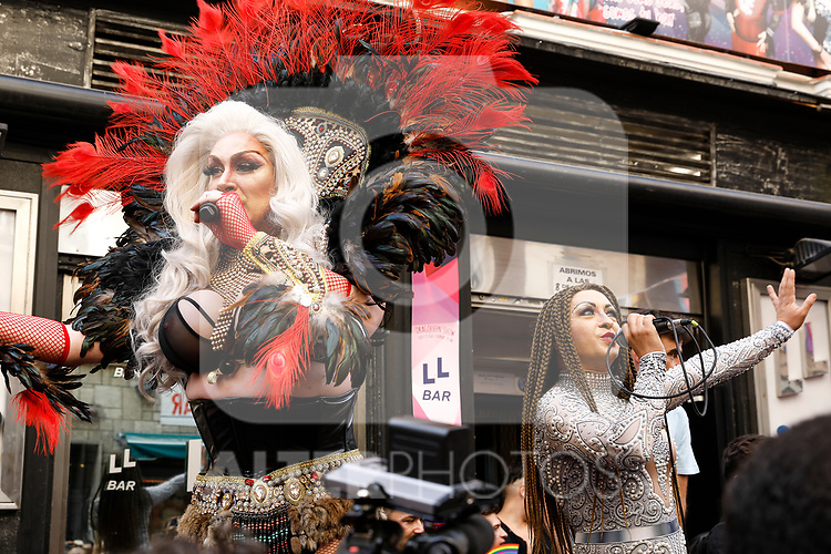 Drag queen Chumina Power singing on the heels race of the lgtb pride party of Madrid. July 4, 2019. (ALTERPHOTOS/JOHANA HERNANDEZ)