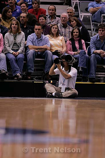 danny la. Utah Jazz vs. Dallas Mavericks, NBA basketball. 11/02/2005<br />
