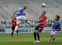 Patrick Herrmann (SV Darmstadt 98) klaert gegen Marvin Duksch (Hannover 96)<br /> <br /> - 14.06.2020: Fussball 2. Bundesliga, Saison 19/20, Spieltag 31, SV Darmstadt 98 - Hannover 96, emonline, emspor, <br /> <br /> Foto: Marc Schueler/Sportpics.de<br /> Nur für journalistische Zwecke. Only for editorial use. (DFL/DFB REGULATIONS PROHIBIT ANY USE OF PHOTOGRAPHS as IMAGE SEQUENCES and/or QUASI-VIDEO)