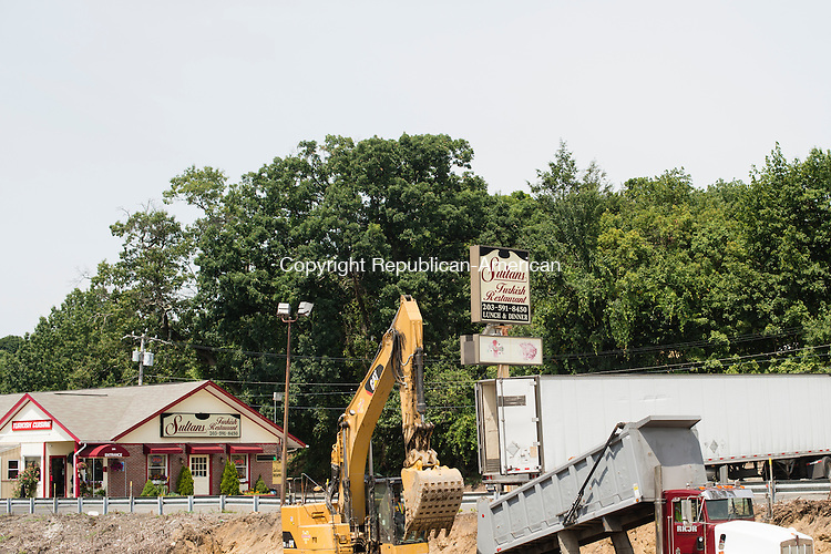 WATERBURY, CT- 28 July 2016-072816EC03-  Business along Plank Road, like Sultans Turkish Restaurant in Waterbury, are affected by I-84 construction work.  Erin Covey Republican-American
