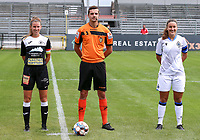 Aalst's captain Chloe Van Mingeroet (17) (R), match referee Arno Cornelis (M) and Brugge's Ellen Martens (2) (R) pose before a female soccer game between Eendracht Aalst and Dames Club Brugge YLA on the first matchday of the 2020 - 2021 season of Belgian Women's SuperLeague , friday 28 of August 2020  in Aalst , Belgium . PHOTO SPORTPIX.BE | SPP | SEVIL OKTEM