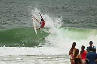 SNAPPER ROCKS, Queensland/Australia (Saturday, 25 February, 2012) Juilan Wilson (AUS). – The Quiksilver Pro Gold Coast presented by Land Rover kicked off the 2012 ASP World Championship Tour with some great performances in shifty three-to-four foot (2 meter) surf at Snapper Rocks today. The Top 34 surfers in the world went for broke in the opening non-elimination round, the winners advance directly into Round 3, while 2nd and 3rd are forced to battle it out in Round 2. . .Kelly Slater (USA), 40, reigning 11 x ASP World Champion and defending event winner, sent a clear message to his fellow competitors by posting a massive 18.80 (out of a possible 20) in the first 10 minutes of his opening heat of 2012. Slater was matched up against 2012 ASP rookie sensation Kolohe Andino (USA), 17, and event trials' winner Garrett Parkes (AUS), 20..Owen Wright (AUS), 22, scored an epic come-from-behind victory in an all-Australian heat against Bede Durbidge (AUS), 28, and Kai Otton (AUS), 32. Durbidge took control of the heat early, but failed to find a backup score after posting the highest wave score of the heat and was overtaken by Wright who managed to find two good scores.. .Photo: joliphotos.com