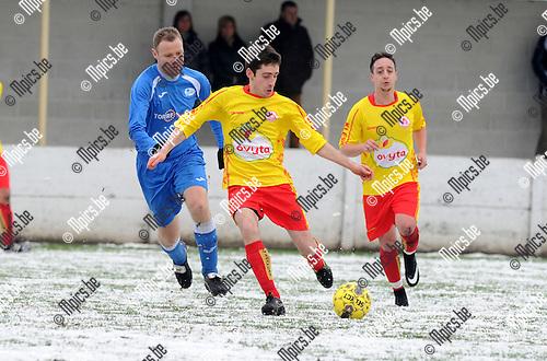 2015-01-25 / Voetbal / seizoen 2014-2015 / VV Laakdal - Sint Jozef / Renders met Janssens (r. Laakdal)<br /><br />Foto: Mpics.be