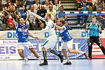 BHCs Kristian Nippes (Nr.13) kann einen Pass nicht verhindern im Spiel der Handballliga, Bergischer HC - SC DHFK Leipzig.<br /> <br /> Foto &copy; PIX-Sportfotos *** Foto ist honorarpflichtig! *** Auf Anfrage in hoeherer Qualitaet/Aufloesung. Belegexemplar erbeten. Veroeffentlichung ausschliesslich fuer journalistisch-publizistische Zwecke. For editorial use only.