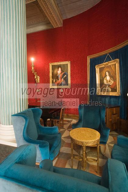 Europe/France/Provence-Alpes-Côte d'Azur/06/Alpes-Maritimes/Nice:  Hôtel: Le Négresco-Le Salon Louis XV ou  Le Salon Versailles