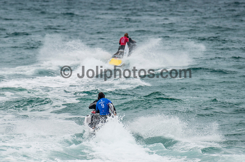 BELLS BEACH, Victoria/AUS (Monday, March 28, 2016) Michel Bourez (PYF) chases down kelly Slater (USA) - Action at the Rip Curl Pro Bells Beach, the second stop on the World Surf League (WSL) Championship Tour (CT), continued today with the remaining six heats of Round Three before the contest was called off for the day.<br /> There were onshore South West winds throughout the day with a dropping swell in the 3'-5' range. <br /> The Heritage Round with Damien Hardman (AUS) and Barton Lynch (AUS) was held today with Lynch coming out victorious. <br /> <br /> Bells Beach has been hosting surfing tournaments for more than 50 years now, making it the most renowned spot on the raw and rugged southern coast of Victoria, Australia. The list of  Rip Curl Pro event champions is a veritable who's who of surfing icons, including many world champions.<br /> <br /> Surfing's greats have a way of dominating Bells. Mark Richards, Kelly Slater, and Mick Fanning all have four Bells trophies; Michael Peterson and Sunny Garcia, three; While Simon Anderson, Tom Curren, Joel Parkinson, Andy Irons, and Damien Hardman each grabbed a pair.<br /> <br /> The story is similar on the women's side. Lisa Andersen and Stephanie Gilmore have four Bells titles; Layne Beachley and Pauline Menczer, three; while Kim Mearig and Sally Fitzgibbons each have two.<br /> <br /> The 2016 event is about to kick off tomorrow and there was a packed warm up session at Bells this morning. <br /> Photo: joliphotos.com