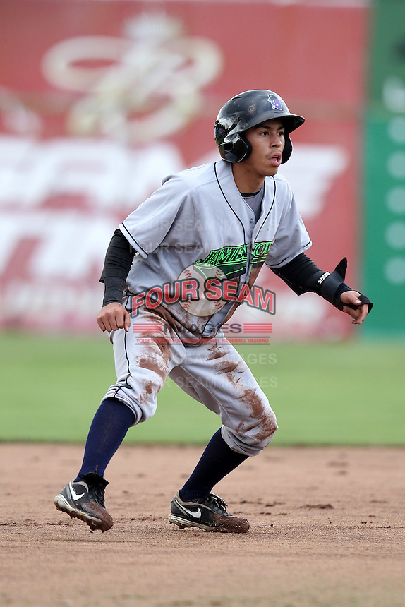Jamestown Jammers infielder Alfredo Lopez #3 during a game against the Batavia Muckdogs at Dwyer Stadium on June 26, 2011 in Batavia, New York.  Jamestown defeated Batavia 6-2.  (Mike Janes/Four Seam Images)