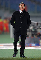 Calcio, ottavi di finale di Coppa Italia Tim: Roma vs Sampdoria. Roma, stadio Olimpico, 9 gennaio 2014.<br /> AS Roma coach Rudi Garcia, of France, looks on during the Italy Cup round of sixteen football match between AS Roma and Sampdoria at Rome's Olympic stadium, 9 January 2014.<br /> UPDATE IMAGES PRESS/Isabella Bonotto
