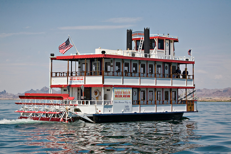 Dixie Belle paddlewheel boat on Lake Havasu