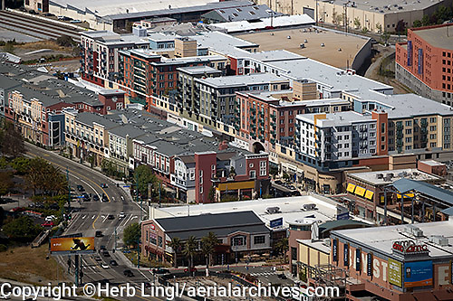 Emeryville, California retail and apartment district