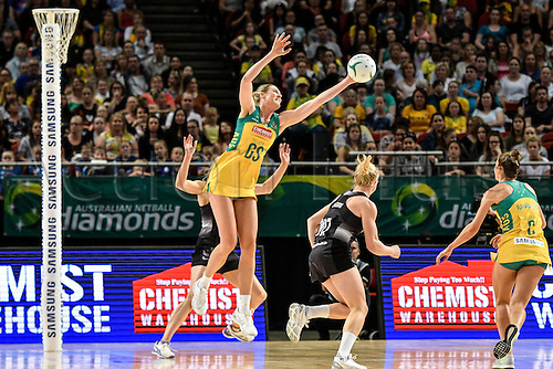 09.10.2016. Qudos Bank Arena, Sydney, Australia. Constellation Cup Netball. Australia Diamonds versus New Zealand Silver Ferns. Australias Caitlin Bassett intercepts the NZ pass under the net. The Diamonds won the game 68-56.