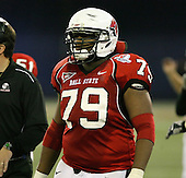 January 5th, 2008:  Ball State lineman Andre Ramsey (79) takes a break during the fourth quarter of the International Bowl at the Rogers Centre in Toronto, Ontario Canada...Rutgers defeated Ball State 52-30.  ..Photo By:  Mike Janes Photography