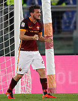 Calcio, Serie A: Roma vs Sampdoria. Roma, stadio Olimpico, 7 febbraio 2016.<br /> Roma&rsquo;s Alessandro Florenzi celebrates in the last minutes of the Italian Serie A football match between Roma and Sampdoria at Rome's Olympic stadium, 7 January 2016. Roma won 2-1.<br /> UPDATE IMAGES PRESS/Riccardo De Luca