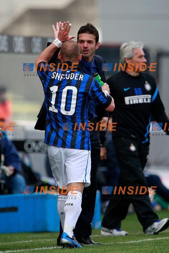 """Esultanza di Andrea Stramaccioni Wesley Sneijder Inter.Udine 25/04/2012 Stadio """"Friuli"""".Football / Calcio Serie A 2011/12 Udinese vs Inter.Foto Insidefoto Paolo Nucci."""