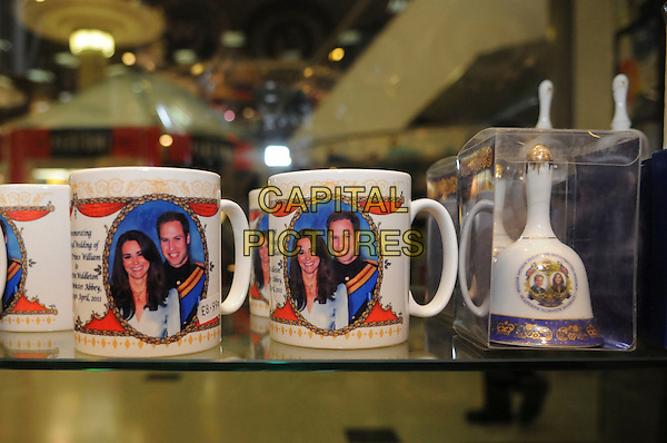 ROYAL WEDDING SOUVENIRS.on sale in tourist shops in London, England for Prince William and Catherine Middleton's wedding on 29th April 2011.Kate Middleton price tag china marriage £8.99 bell box mugs.CAP/IA.©Ian Allis/Capital Pictures.