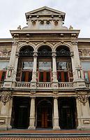 Stadspodia Leiden. Stadspodia Leiden bestaat uit Stadsgehoorzaal Leiden en de Leidse Schouwburg