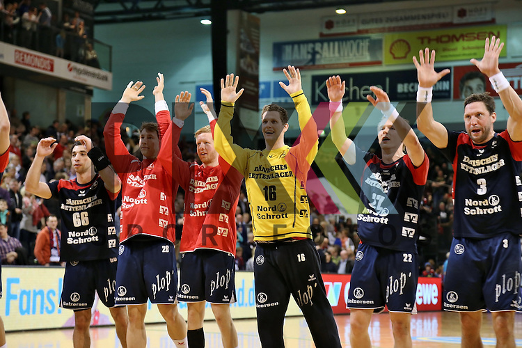 Flensburg, 05.04.2015, Sport, Handball, DKB Handball Bundesliga, Saison 2014/2015, GWD Minden - SG Flensburg-Handewitt : Jubel nach Sieg<br /> <br /> Foto &copy; P-I-X.org *** Foto ist honorarpflichtig! *** Auf Anfrage in hoeherer Qualitaet/Aufloesung. Belegexemplar erbeten. Veroeffentlichung ausschliesslich fuer journalistisch-publizistische Zwecke. For editorial use only.