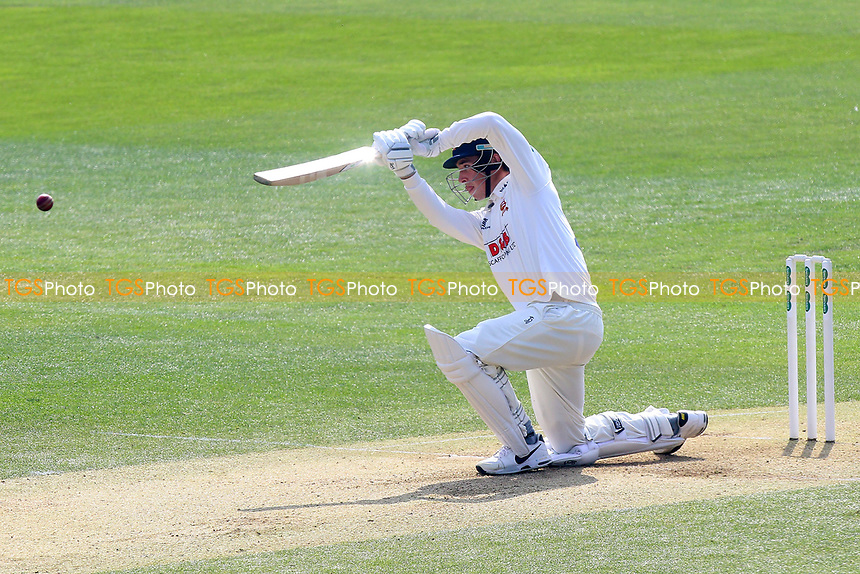 Daniel Lawrence of Essex in batting action during Essex CCC vs Lancashire CCC, Specsavers County Championship Division 1 Cricket at The Cloudfm County Ground on 8th April 2017