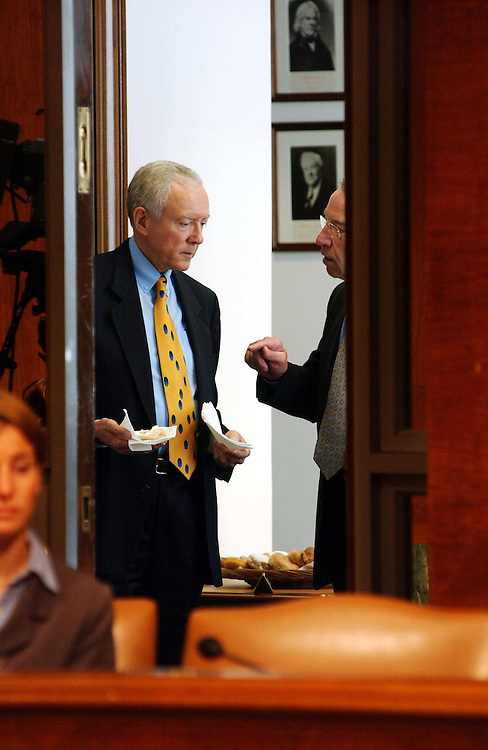 9/25/03.JUDICIARY BILLS AND NOMINATIONS--Chairman Orrin G. Hatch, R-Utah, and Sen. Charles E. Grassley, R-Iowa, talk in the anteroom before the Senate Judiciary Committee markup of pending legislation and vote on pending judicial nominations. .CONGRESSIONAL QUARTERLY PHOTO BY SCOTT J. FERRELL