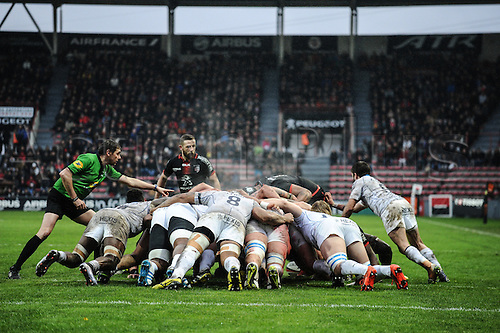 28.02.2016. Toulouse, Frace. Top14 rugby union league, Toulouse versus Montpellier.  Scrum between Toulouse and Montpellier