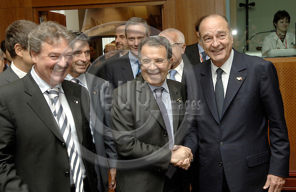 Brussels-Belgium - 15 June 2006---European Council, first day of the summit; here, Jean ASSELBORN (le), Minister for Foreign Affairs of Luxembourg, Anders FOGH RASMUSSEN (2.le), Prime Minister of Denmark, Romano PRODI (2.RI), Prime Minister of Italy, and Jacques CHIRAC, President of France---Photo: Horst Wagner/eup-images