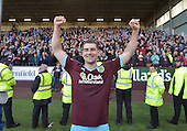 02/05/16 Sky Bet League Championship  Burnley v QPR<br /> Sam Vokes celebrates, Sam Vokes