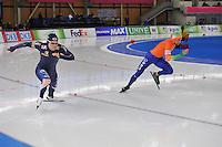 SCHAATSEN: BERLIJN: Sportforum, 08-12-2013, Essent ISU World Cup, 500m Men Division A, start, Tae-Bum Mo (KOR), Michel Mulder (NED), ©foto Martin de Jong