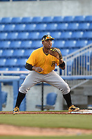 Bradenton Marauders first baseman Edwin Espinal (14) waits for a throw during a game against the Dunedin Blue Jays on April 14, 2015 at Florida Auto Exchange Stadium in Dunedin, Florida.  Bradenton defeated Dunedin 7-1.  (Mike Janes/Four Seam Images)
