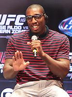 RIO DE JANEIRO, RJ, 01 AGOSTO 2013 - ENTREVISTA PHIL DAVIS UFC 163 RIO - O atleta do UFC Phil Davis participando da entrevista coletiva do UFC 163 que acontece no Rio De Janeiro na Lapa no Rio de Janeiro nessa quinta 01. (FOTO: LEVY RIBEIRO / BRAZIL PHOTO PRESS)