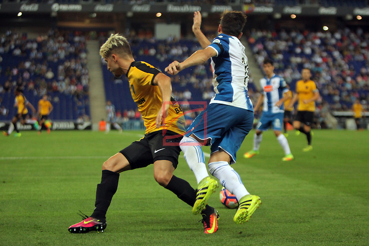 League Santander 2016/2017. Game: 2.<br /> RCD Espanyol vs Malaga CF: 2-2.<br /> Pablo Daniel Piatti vs Sergio Gontan.