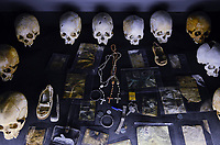 RWANDA, Kigali, Kigali Genocide Memorial , a museum and memorial to remember the genocide of 1994 where about 1 million Tutsi were murdered by Hutu, skulls of murdered Tutsi victims / RUANDA, Kigali, Voelkermorddenkmal, Museum, Denkmal und Ruhestaette fuer 250.000 Opfer des Genozids an der Tutsi Bevoelkerungsgruppe im Jahr 1994, Kigali Genocide Memorial, Totenschaedel ermordeter Tutsi