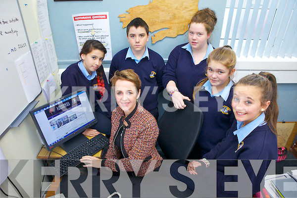 Listowel Community College has unveiled its new website which is more comprehensive than ever. Pictured were: Principal Carmel Kelly with students Rebecca Bambury, Matthew Mahoney, Martina Leahy, Caoimhe Shine and Amy O'Connor.