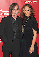 WWW.BLUESTAR-IMAGES.COM Singer/musician Jackson Browne (L) and Dianna Cohen attend 2014 MusiCares Person Of The Year Honoring Carole King at Los Angeles Convention Center on January 24, 2014 in Los Angeles, California.<br /> Photo: BlueStar Images/OIC jbm1005  +44 (0)208 445 8588