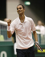 21-2-06, Netherlands, tennis, Rotterdam, ABNAMROWTT,  Parmar defeats Srichaphan in the first round and jubilates