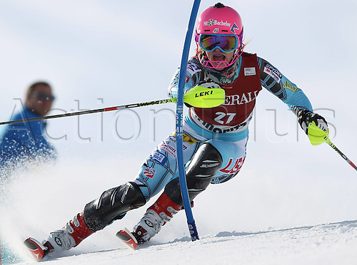 27 01 2012  Ski Alpine FIS WC St Moritz Super Combination women St Moritz Switzerland  Picture shows Laurenne Ross USA