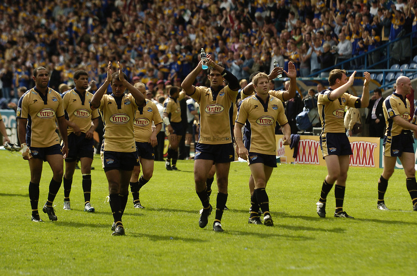 Photo: Jed Wee..Leeds Rhinos v Toulouse. Powergen Challenge Cup, Semi Final. 31/07/2005...Leeds celebrate.