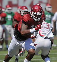 NWA Democrat-Gazette/MICHAEL WOODS &bull; @NWAMICHAELW<br /> University of Arkansas tight end Will Gragg runs drills during practice Saturday, August 15, 2015 at Razorback Stadium in Fayetteville.